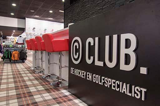 62efbf0b6b5 ... al uw golf- en hockeymaterialen. Een zeer uitgebreide collectie  opgebouwd uit diverse toonaangevende merken, zorgt ervoor dat u een zeer  ruime keuze ...